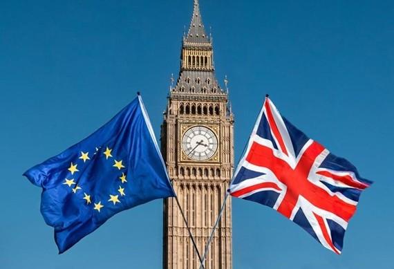 Goldman Sachs cảnh báo Brexit gây tổn hại cho nền kinh tế Anh