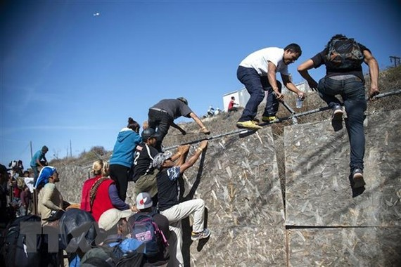 Nhà Trắng yêu cầu chi thêm 4,5 tỷ USD cho cuộc khủng hoảng biên giới