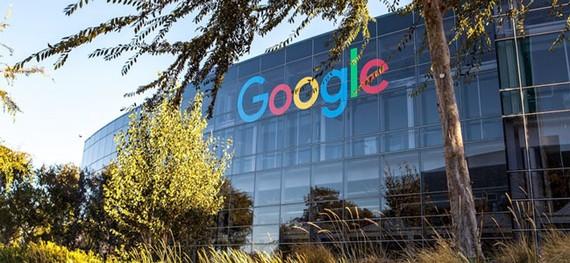 Cổ phiếu của Google lao dốc chóng mặt