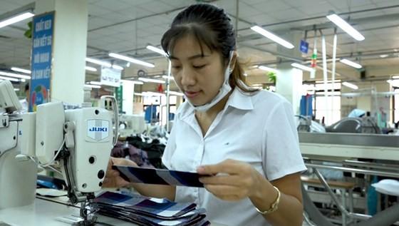 70% vải để phục vụ ngành may mặc tại Việt Nam hiện nhập khẩu từ Trung Quốc