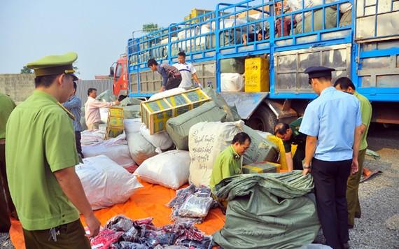 Kiểm tra, xử lý việc giả mạo nhãn mác hàng Việt Nam