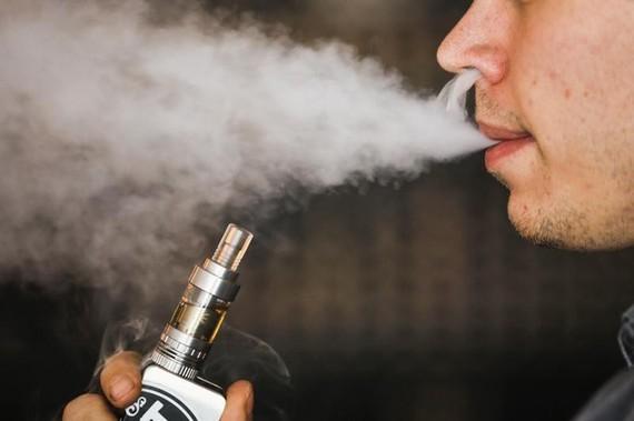 Tỉnh táo trước thuốc lá điện tử