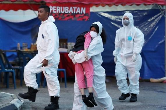 Malaysia đóng cửa 475 cơ sở giáo dục do rò rỉ hóa chất