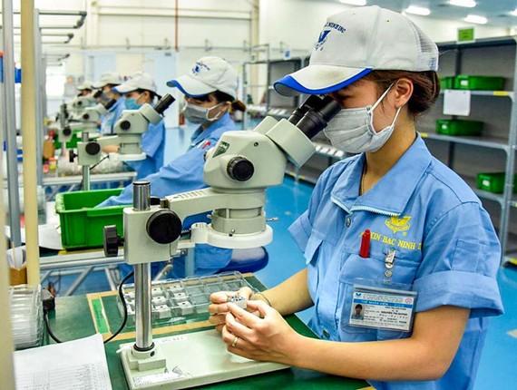 Cần phải có bộ lọc đối với dòng vốn FDI, nhất là trong bối cảnh chiến tranh thương mại Mỹ-Trung (ảnh chỉ mang tính chất minh họa).