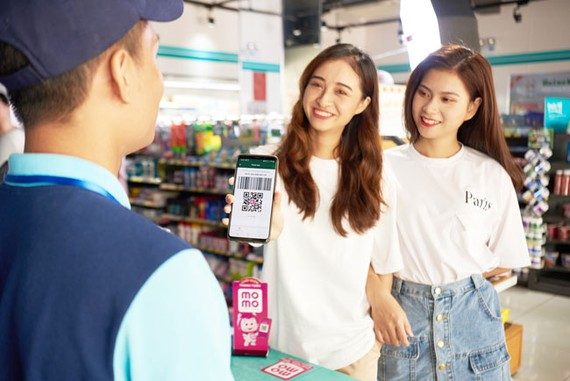Ngày hội MoMo - Siêu hoàn tiền tiết kiệm diễn ra chỉ trong 3 ngày 1-2-3.8.7 với ưu đãi hoàn tiền 50% khi đi siêu thị, cửa hàng tiện lợi