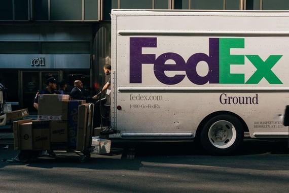 FedEx kiện Bộ Thương mại Mỹ sau vụ chuyển nhầm bưu kiện của Huawei