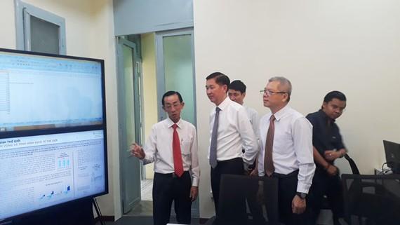 Trung tâm Mô phỏng và dự báo kinh tế - xã hội TPHCM chính thức đi vào vận hành.