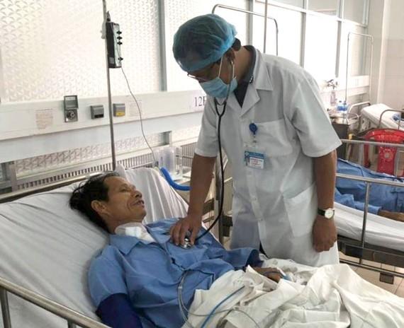 Bệnh nhân đang dần hồi phục sau khi phẫu thuật thành công