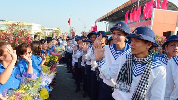 Gần 4.400 thanh niên TPHCM lên đường nhập ngũ