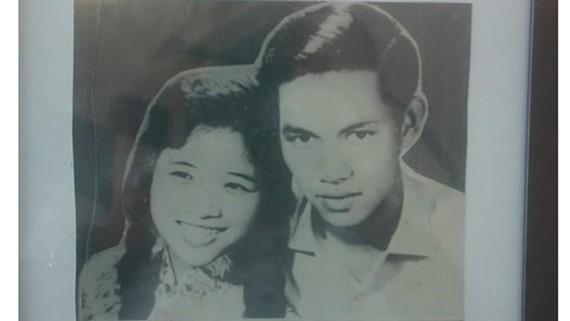 Ảnh cưới của bà Phan Thị Quyên và anh hùng liệt sĩ Nguyễn Văn Trỗi