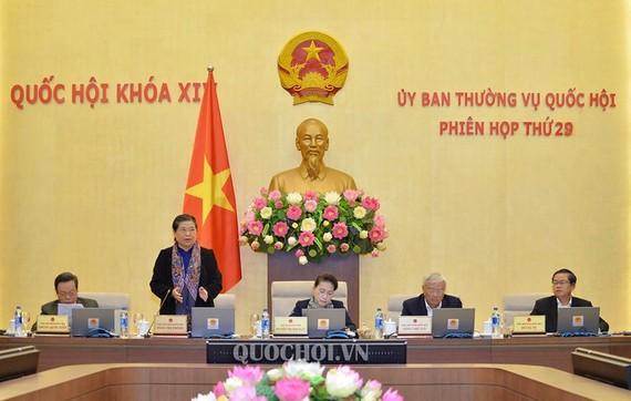 Phó Chủ tịch thường trực Quốc hội Tòng Thị Phóng