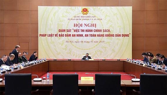 Chủ nhiệm Ủy ban Quốc phòng và An ninh Võ Trọng Việt chủ trì Hội nghị giám sát về bảo đảm an ninh, an toàn hàng không dân dụng
