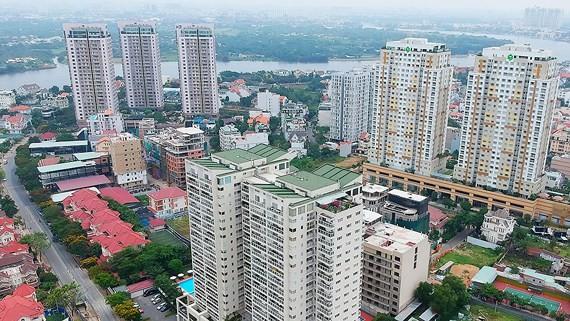 Nguồn vốn FDI đầu tư vào lĩnh vực bất động sản hiện đứng thứ 2 trong tổng vốn FDI đầu tư vào Việt Nam. Trong ảnh: Khu cao ốc tại phường Thảo Điền, quận 2, TPHCM. Ảnh: CAO THĂNG