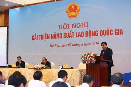 Bộ trưởng Bộ Kế hoạch và Đầu tư Nguyễn Chí Dũng phát biểu tại Hội nghị
