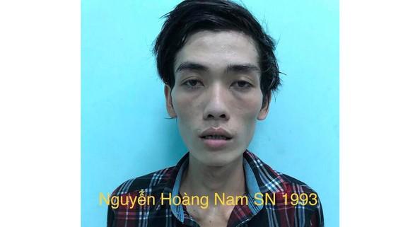 Đối tượng Nguyễn Hoàng Nam tại cơ quan công an