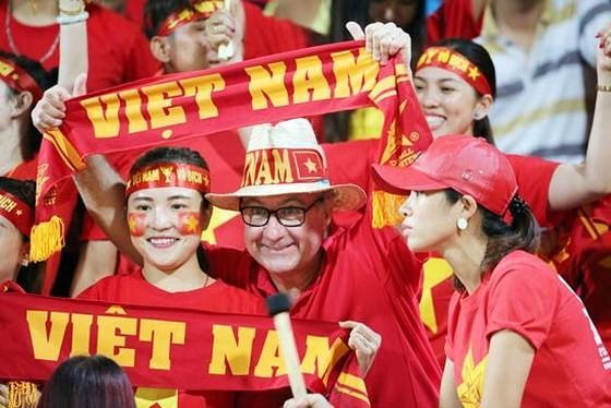 Cổ động viên Việt Nam