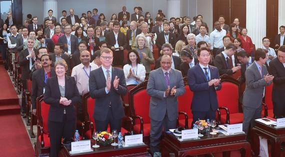 """500 chính khách, học giả trên thế giới dự """"Diễn đàn Hà Nội"""""""