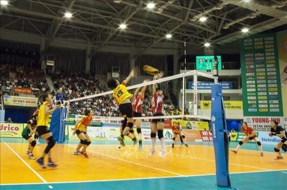 VTV隆安平田隊與中國南京大學隊進行角逐。