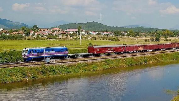 Hành trình xe lửa Bắc-Nam. Ảnh: HOÀNG HÙNG