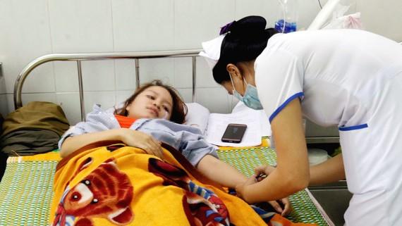 Nữ giáo viên bị đánh phải nhập viện cấp cứu