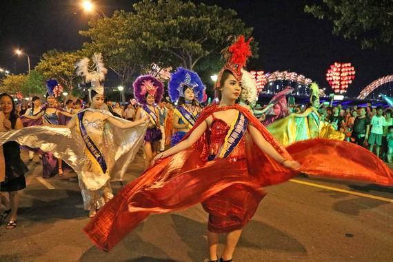 Đà Nẵng tổ chức bắn pháo hoa kỷ niệm 22 năm thành phố trực thuộc Trung ương