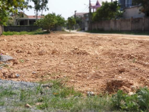 Một số lô đất đã san lấp mặt bằng xong khi chưa mở thầu nhưng ông Thiếu báo cáo láo là gửi một số khối lượng đất.