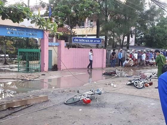 Hiện trường vụ tai nạn đứt dây điện khiến 2 học sinh bị  tử vong và 4 học sinh khác bị thương
