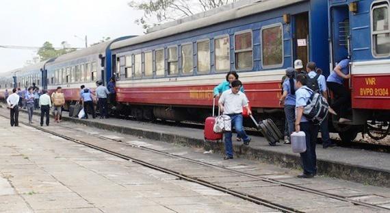 Lễ 30-4 và 1-5, tăng 130 chuyến tàu phục vụ hành khách