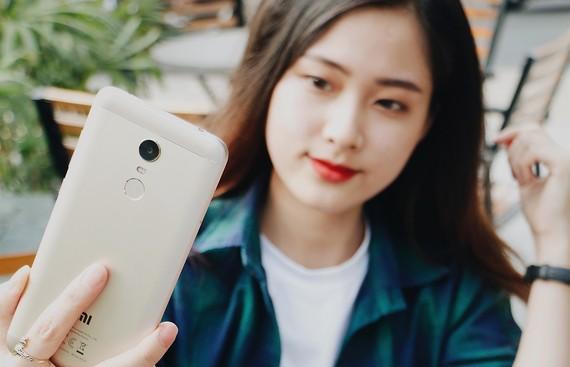 FPT Shop bán Xiaomi Redmi 5 Plus từ ngày 6-3