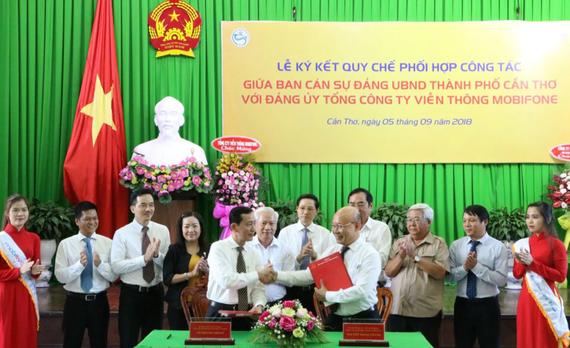 Lễ ký kết Quy chế phối hợp công tác Ban cán sự đảng UBND TP Cần Thơ với Đảng ủy Tổng Công ty Viễn thông MobiFone