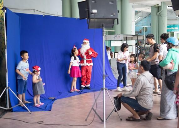 Chụp ảnh cho trẻ em tại Help-Portrait Việt Nam lần 9