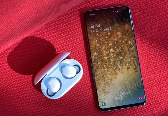 Galaxy S10/S10+ đã đến tay người dùng