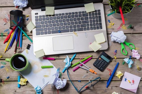 Những thói quen trong cuộc sống hàng ngày của nhân viên có liên quan đến sự lộn xộn kỹ thuật số