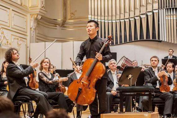 Nghệ sĩ cello Dai Miyata