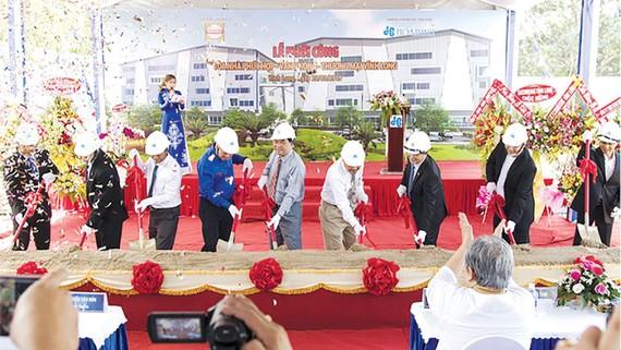 Công ty CP Tập đoàn Xây dựng Hòa Bình khởi công  dự án đầu tiên tại tỉnh Vĩnh Long