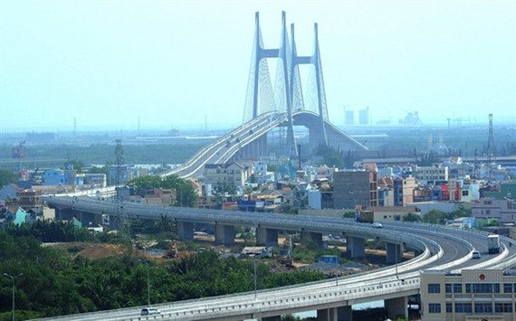 HCM City's Phu My Bridge - the biggest cable-suspension bridge over the Sai Gon River (Source: VNA)