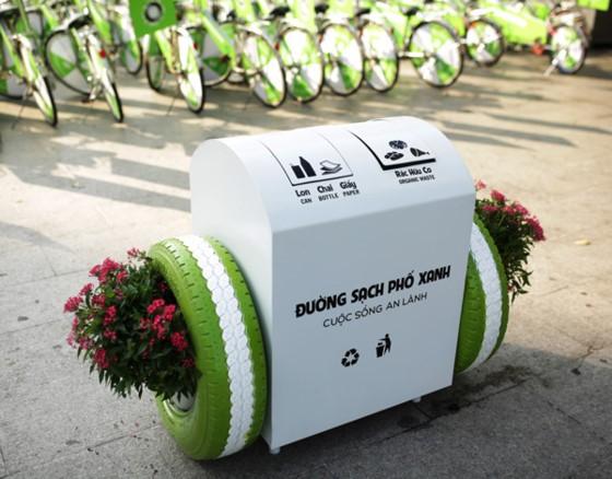 Bridgestone donates 100 smart trash bins to city