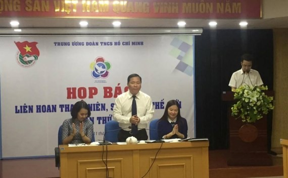 The announcement ceremony is held by the Ho Chi Minh Communist Youth Union (HCYU)'s Central Committee in Hanoi on October 11.  (Photo: sggp)