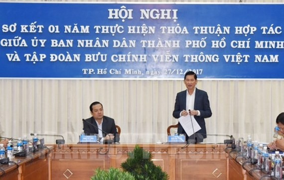 Deputy chairman of HCMC People's Committee Tran Vinh Tuyen states at the conference (Photo: hcmcpv)