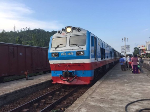 Vietnam Railways will add more tens of trains to meet the increasing travel demand due to the summer holidays.  (Photo: KK)