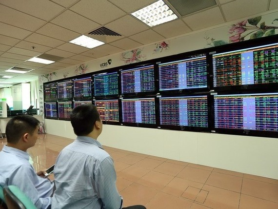The VN-Index of the Ho Chi Minh Stock Exchange (HoSE) rose 21.12 points on July 18 (Photo: VNA)