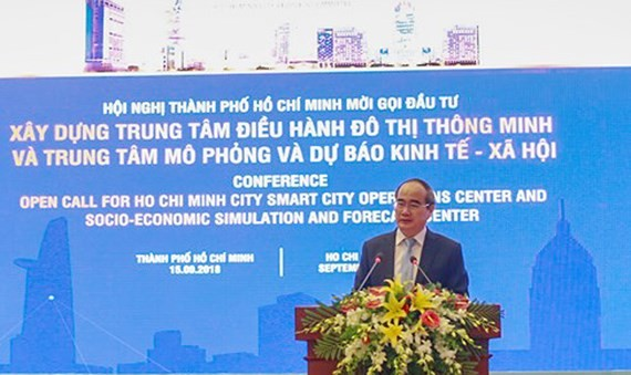 Secretaryof HCMC Party CommitteeNguyen Thien Nhan speaks at the conference. (Photo: Sggp)