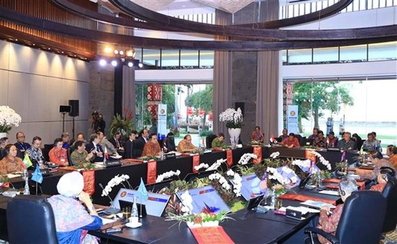 The ASEAN Leaders' Gathering in Bali, Indonesia, on October 11 (Photo: VNA)