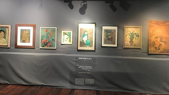 Paintings at the auction