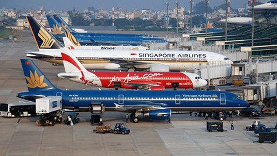 One-way plane ticket not to exceed VND3.75 million