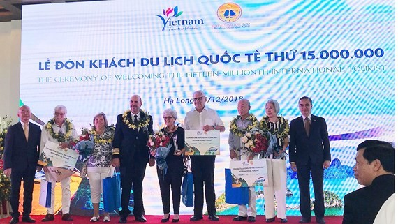A ceremony welcoming the 15 millionth international visitor to Vietnam  in 2018 is held in the northern coastal province of Quang Ninh.