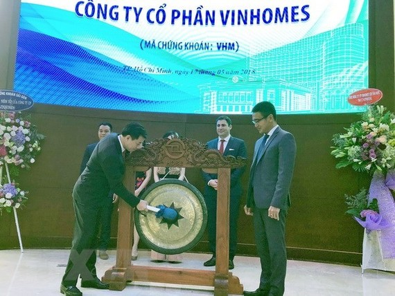 The ceremony marking the IPO of the real estate firm Vinhomes in May 2018 (Photo: VNA)