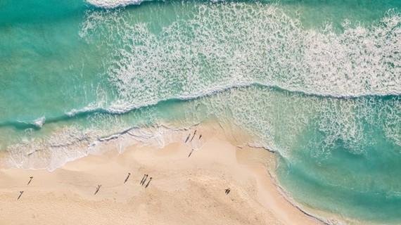 Turquoise water of Mui Ne beach (Photo: vnexpress.net)