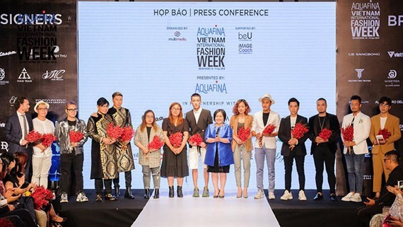 Foreign, local designers gather for Vietnam Int'l Fashion Week
