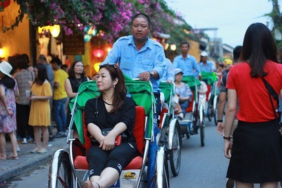 Chinese visitors in Vietnam drop for 4 months consecutively